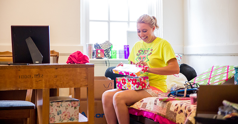 Cailey Cobb move-in