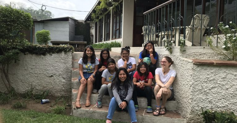 Ruth Lechner '21 with a group of children in Guatemala