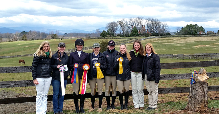 IHSA team and coaches pose for a group shot at the UVA regionals.