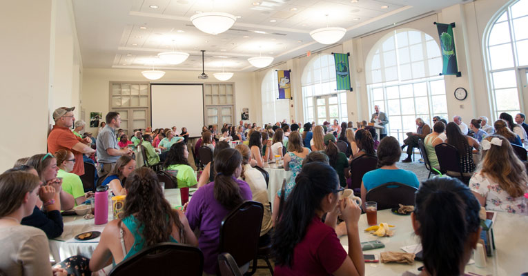 President Stone speaks to the entire campus community on Monday, Aug. 24. Photo by Meridith De Avila Khan.