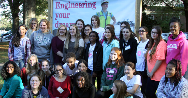 Attendees of the 2015 fall Explore Engineering program. Photo by Paulette Porter-Stransky/Sweet Briar College