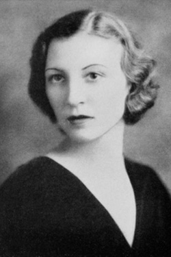 Madeleine LePine Gipson '33 in her senior picture in the 1933 Briar Patch