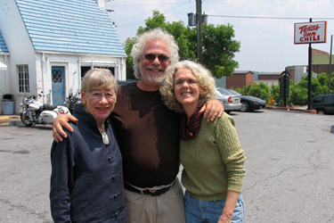 "Nancy hanging out with her magazine photographer Dave Abrams and wife Mary at Lynchburg's landmark ""T Room."" Photo courtesy of Nancy Blackwell Marion."