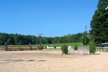 Large Outdoor Show Ring