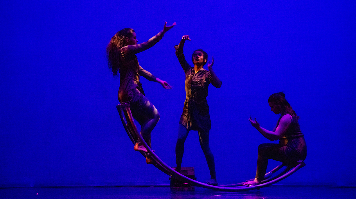Sweet Briar dance students on stage